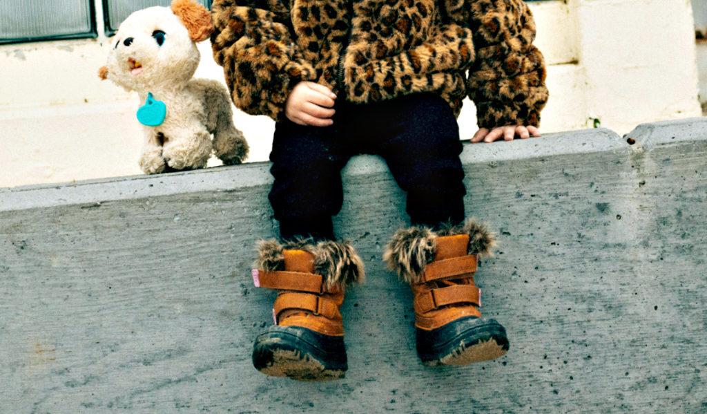 Как выбрать комфортную детскую обувь